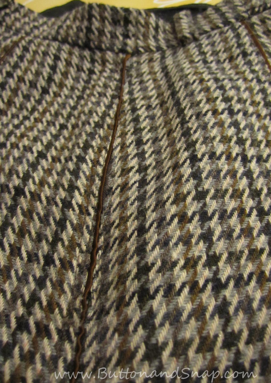 Sewing a zipper that is camouflaged by piping