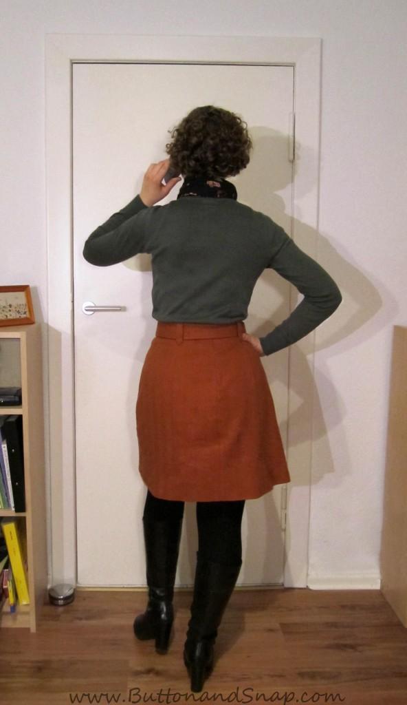 Bonus refashion - Target rust skirt back
