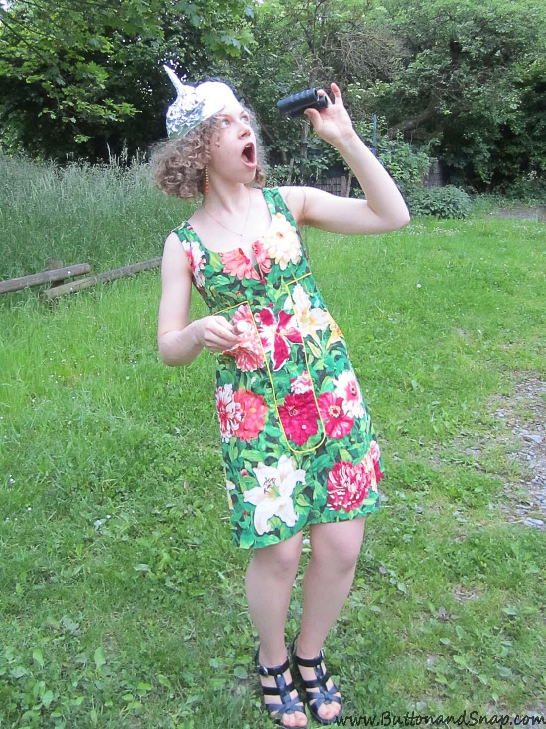 Spying a UFO dress