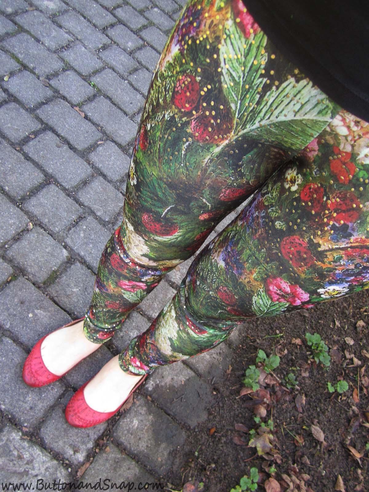 Floral leggings selfie 1