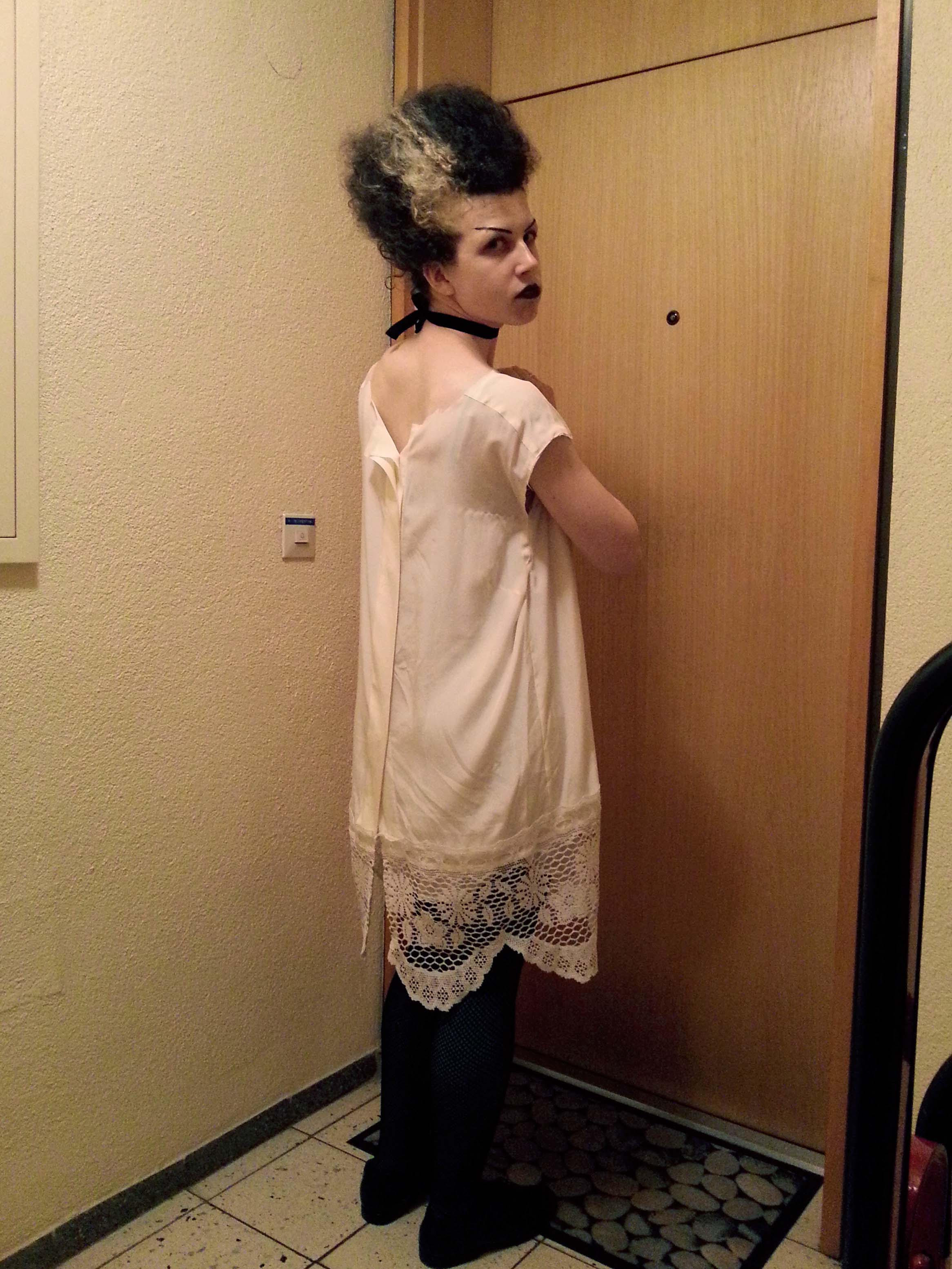Bride of Frankenstein Costume Side