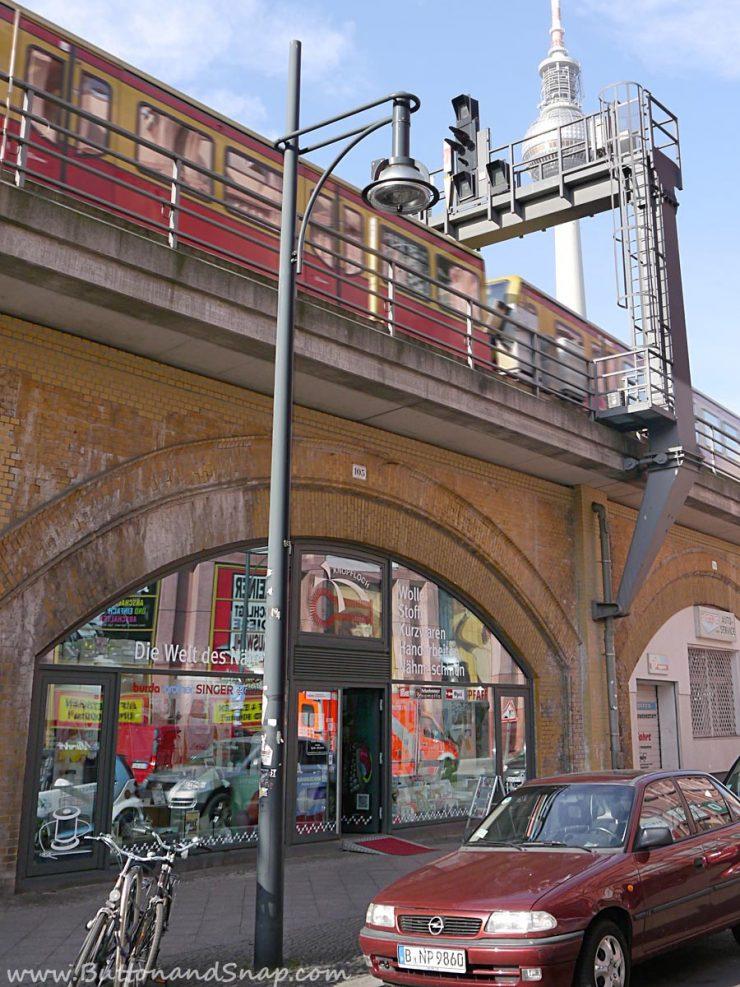 Knopfloch storefront