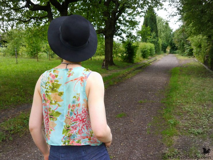 Refashioned chiffon vest back 2