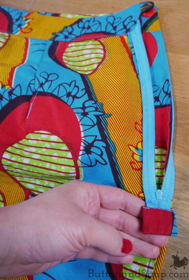 Two-piece dress skirt inside zip