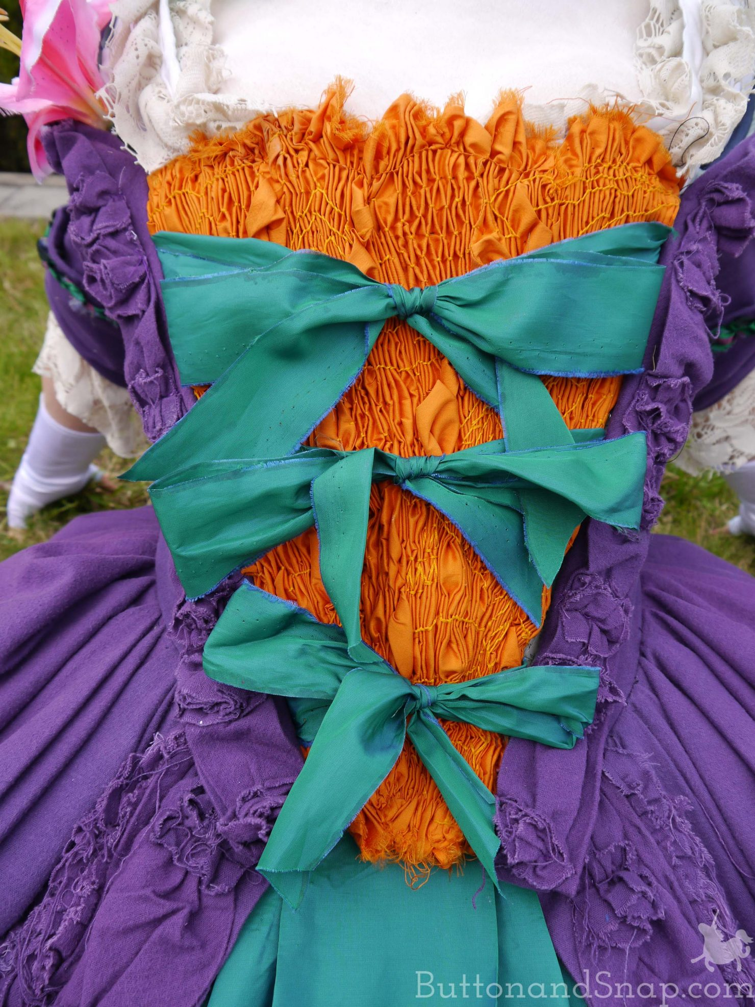 Jokerette Stomacher Full Front view